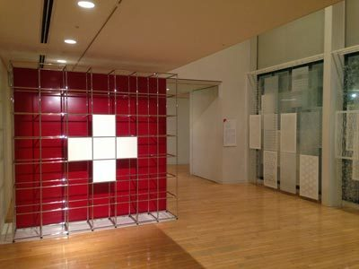 スイスデザイン展02.jpg
