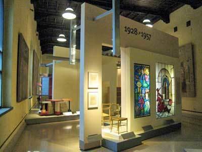 家具と木工彫刻美術館05.jpg
