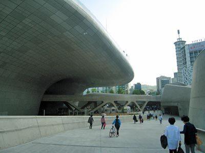 東大門デザインプラザ06.jpg