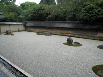 枯山水石庭01.jpg