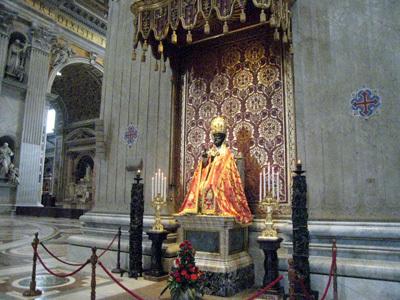 聖ピエトロ像.jpg