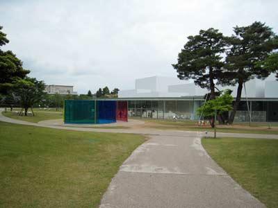金沢21世紀美術館.jpg