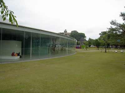 金沢21世紀美術館4.jpg