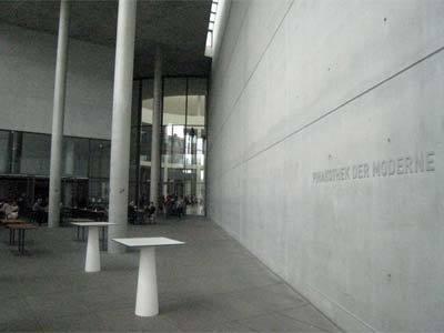 pinakothek-der-moderne02.jpg